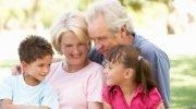 Avós que Ajudam a Cuidar dos Netos Vivem Mais